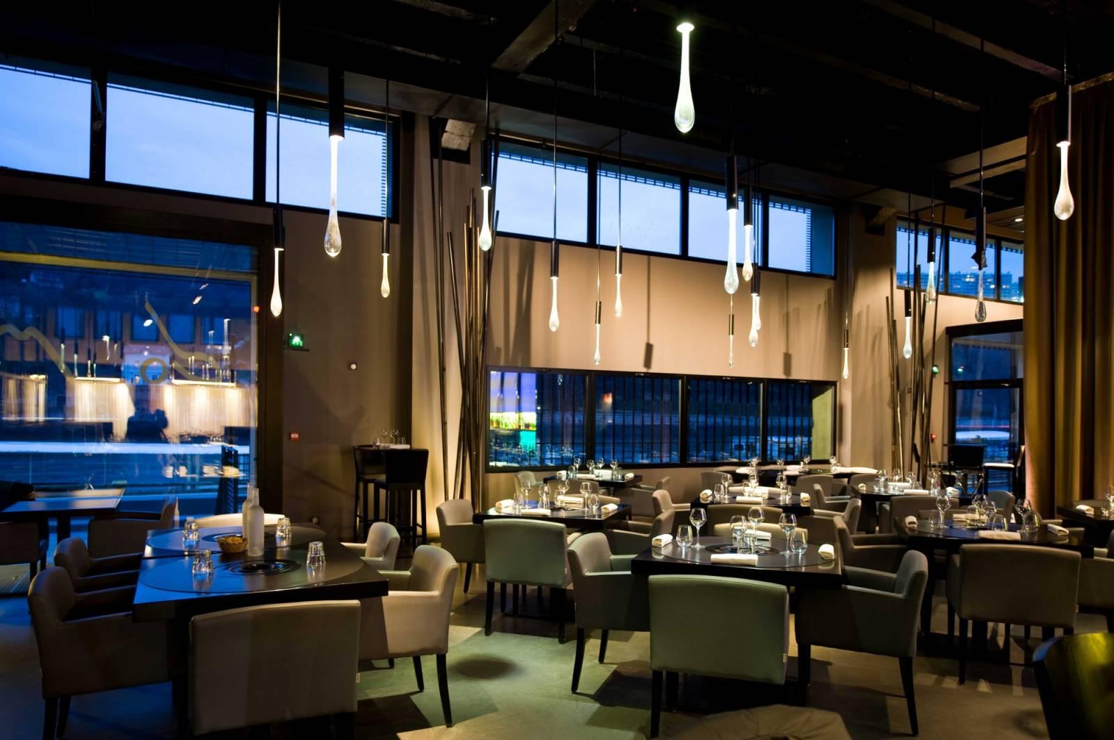 Cr ation et agencement du restaurant domo lyon dans le for Agencement interieur lyon